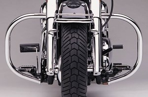 Cobra Freeway Bars - Honda Shadow Spirit 750 C2 (07-09)