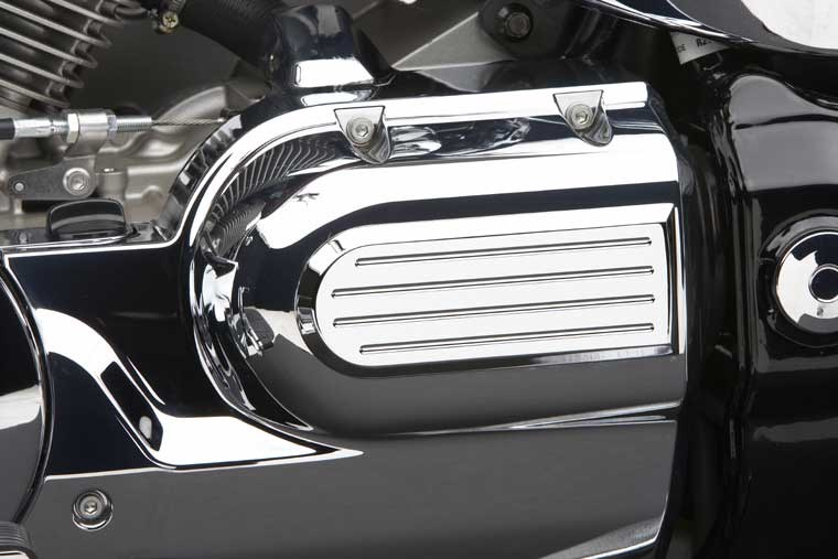 Cobra Left Rear Fluted Engine Cover - Honda VTX1300C 04-06
