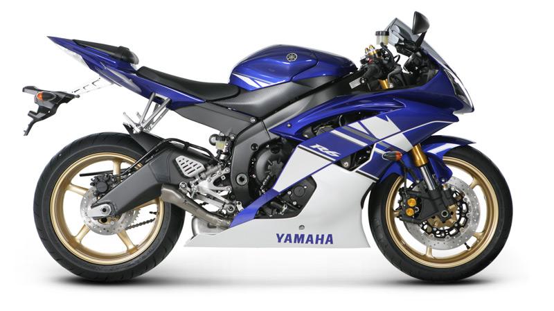 Akrapovic Slip On Megaphone Exhaust System Yamaha Yzf R on Yamaha R6 Power